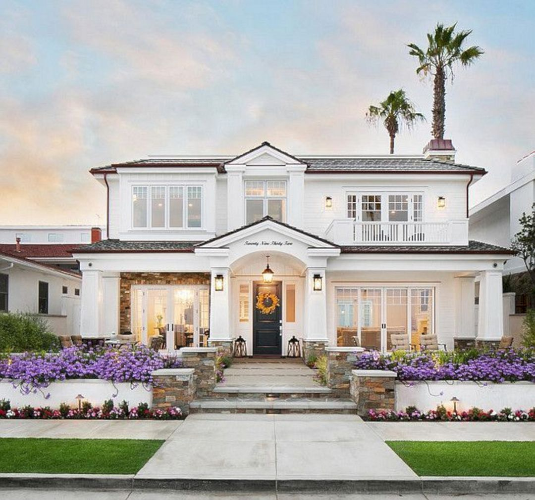 Phenomenon 23 Awesome White Home Exterior Design For Your Home Inspiration Https Decoor Net 23 Aw House Designs Exterior House Exterior Modern House Exterior