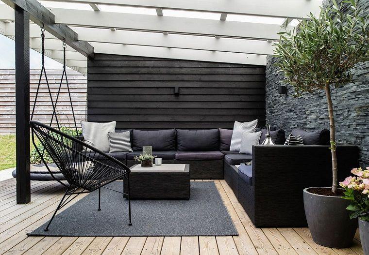 arredo-terrazzo-idea-toni-scuri | Terrazzi in legno | Pinterest