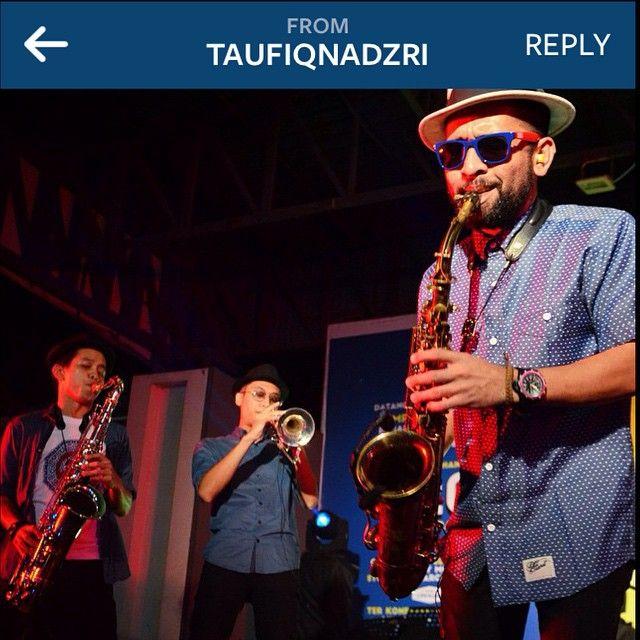 Repost From Tempatan Fest 9 0 Penang Malaysia Salammusik Performance Saxophones Trumpets Horns Clothing Sponsored By Old Penang Malaysia Reggae Saxophone
