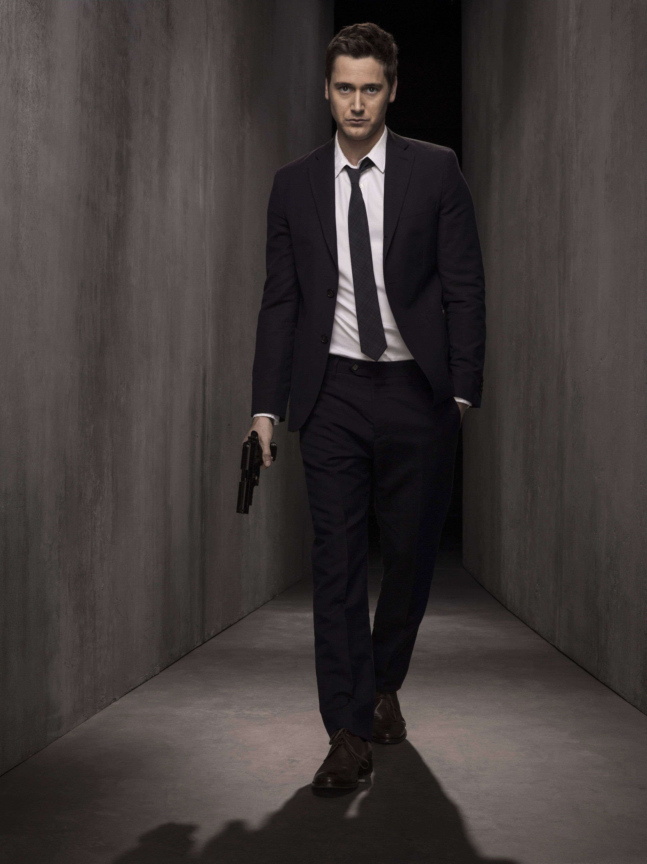 The blacklist ryan james eggold as tom keen the for Who plays tom keene on the blacklist