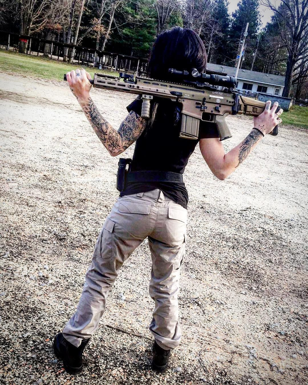 Pin By Iron Head On Gungirl