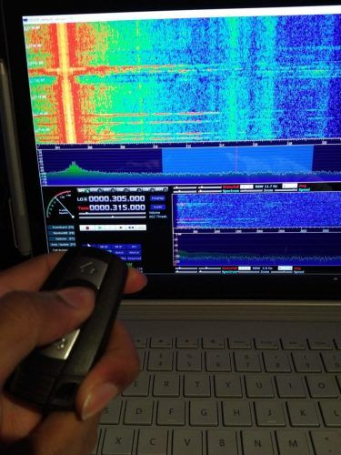 RTL-SDR receiving a BMW keyfob signal at 315 MHz in HDSDR  | sdr in