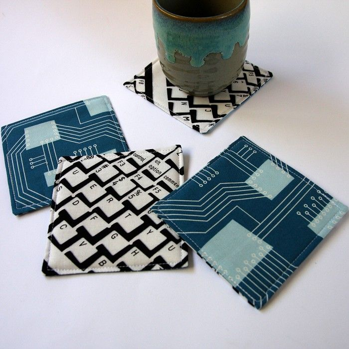 4 X Reversible Fabric Coasters - Computer Keyboards & Blue Chips (nerds & geeks) - by monkeyandbee on madeit