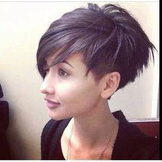 Sidecut frisuren frau mittellang
