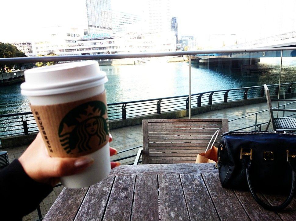 日産グローバル本社ギャラリー (Nissan Global Headquarters Gallery) 横浜デートにおすすめ!海の見える穴場カフェでのんびり。絶景テラスあり!