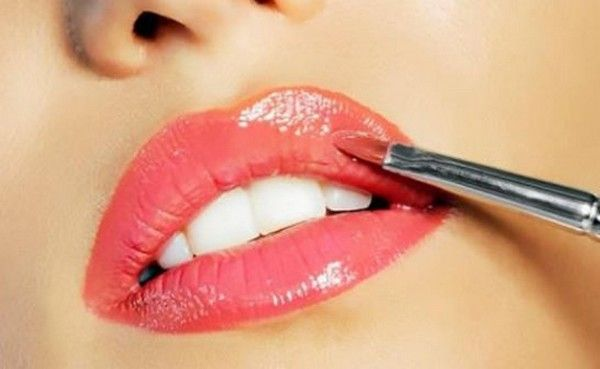 Makeup Tips For Fair Skin and Dark Hair.. http://wp.me/p4NpVB-nJ ..In order to look decent with pale skin, the first thing you have to do is shed the idea that having pale skin.. #DarkHairDarkEyesPaleSkin #MakeupTipsForFairSkinAndDarkHair #BlackHairPaleSkinBrownEyes