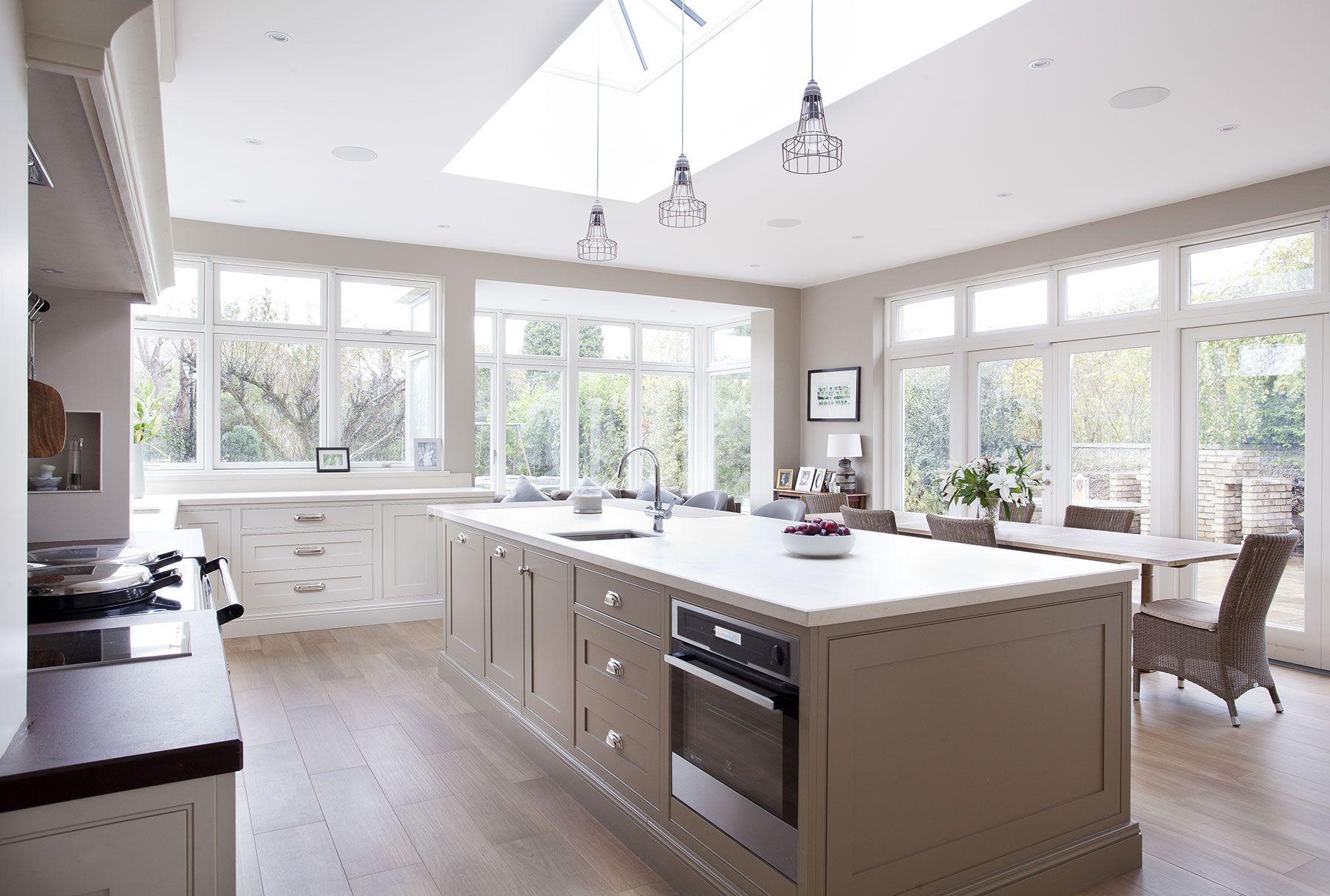 Skylight, windows, light woods Woodale Designs Luxury