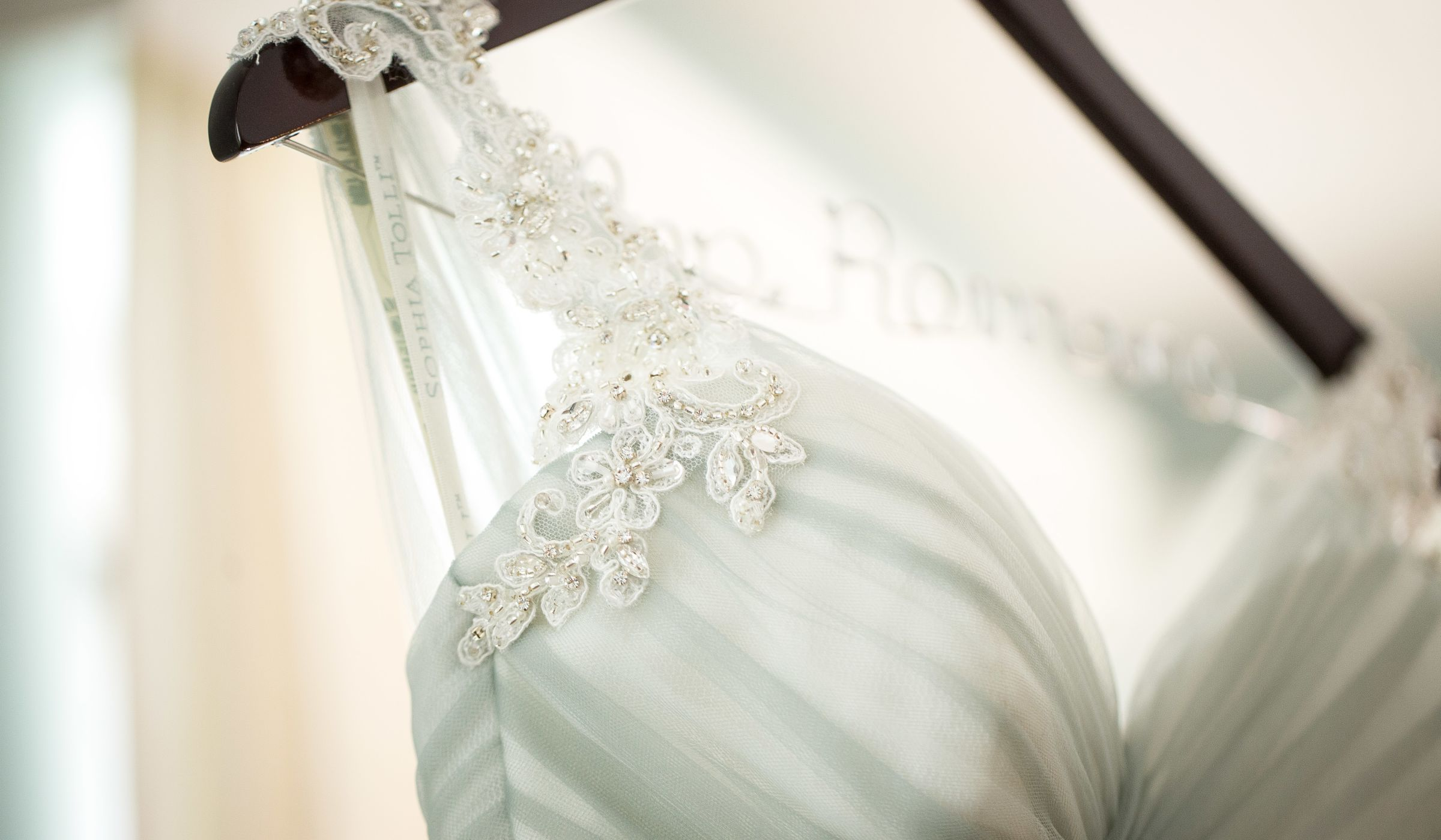 Here S A Crash Course In How To Find Wedding Dress You Truly Love