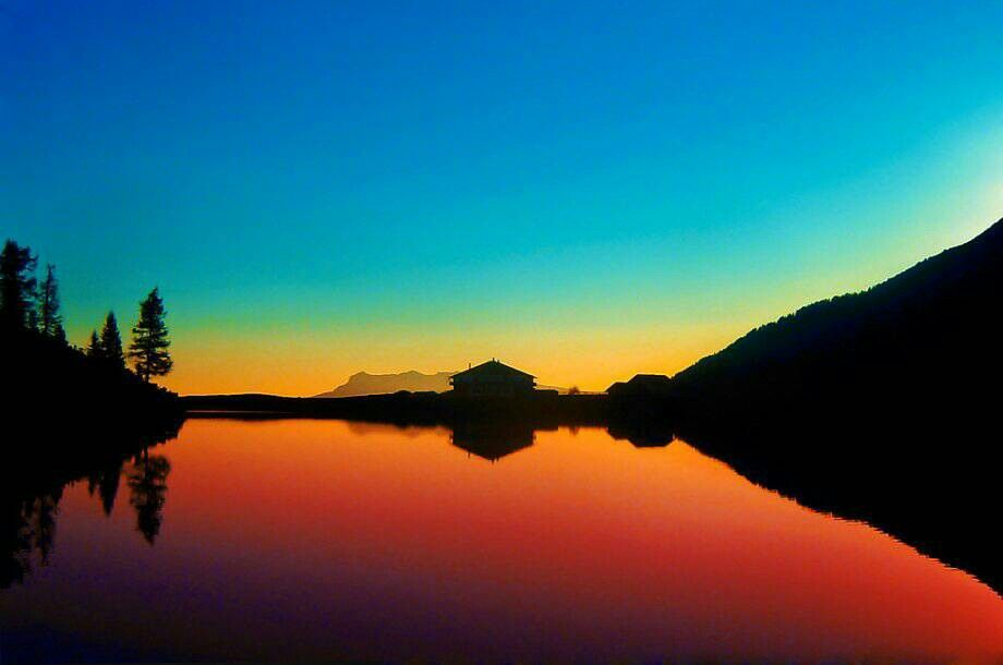 Stunning colours with silhouette