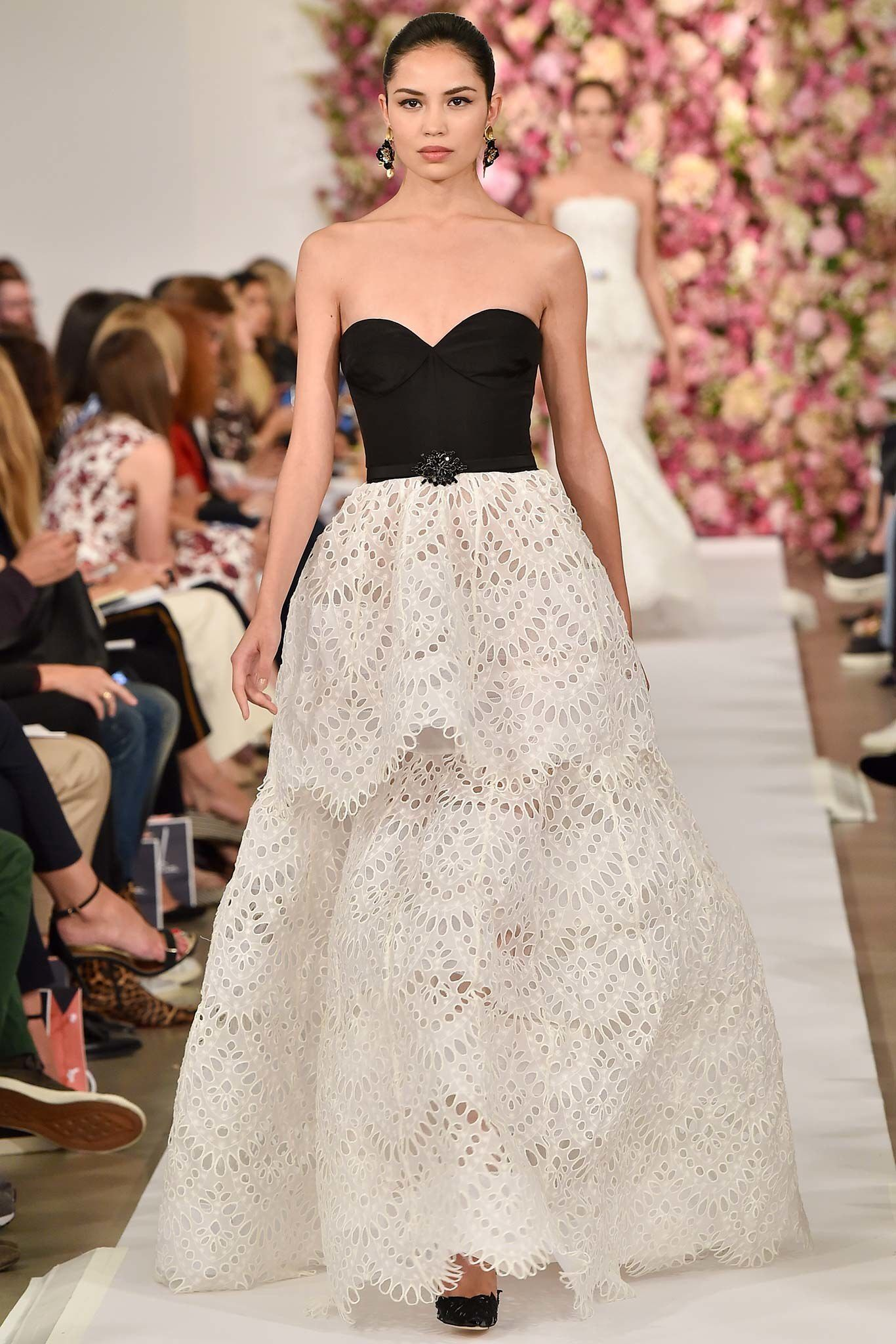 Best dresses to wear to a may wedding  Oscar de la Renta Spring  ReadytoWear Fashion Show  Oscar de