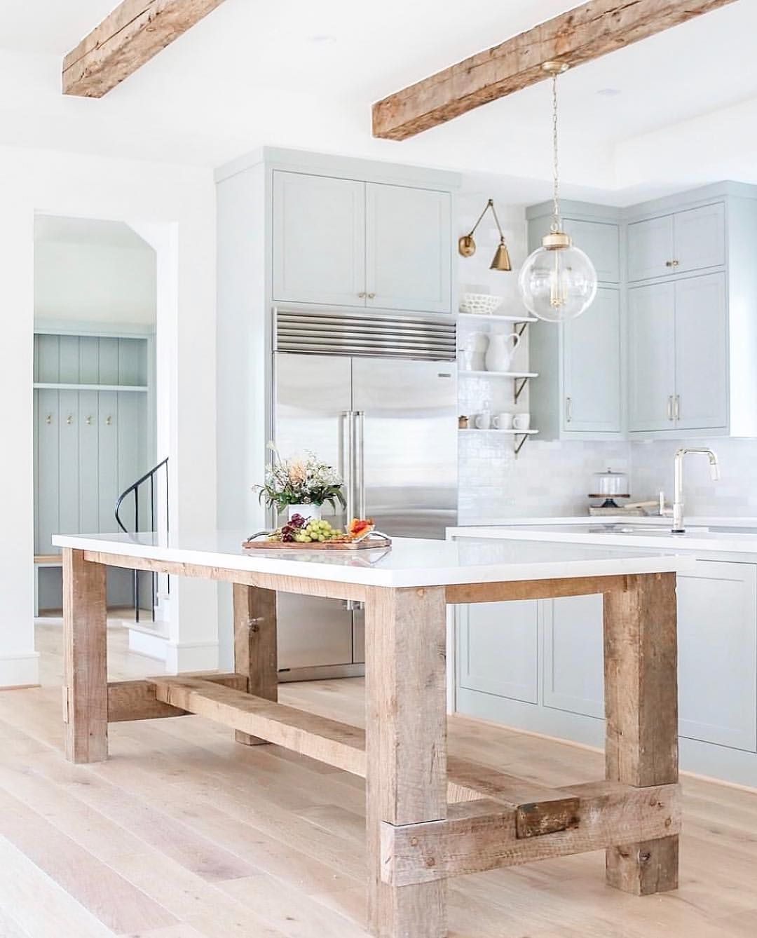 Nina On Instagram I Ve Mentioned Before That We Re Going To Have A Double Island At The New Ho Salle A Manger Cuisine Ilot De Cuisine En Bois Cuisines Maison