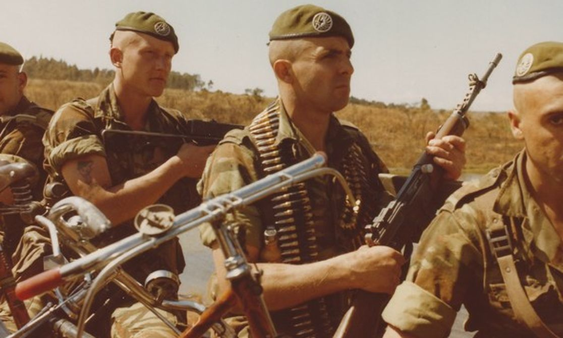 2 REP of the FFL in Kolwezi 1978. | French foreign legion, French army,  Legion etrangere