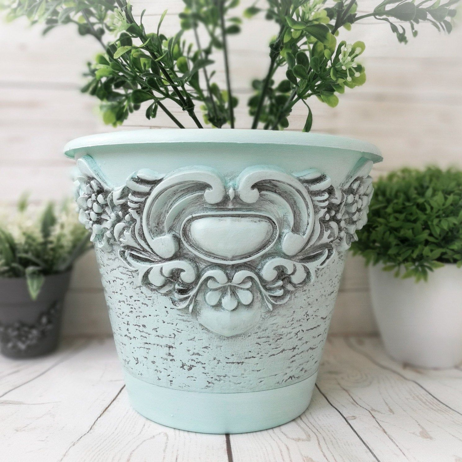 Flower Pot Vintage Planter House Plant Farmhouse Decor Etsy In 2020 Vintage Flower Pots Flower Pots Vintage Planters