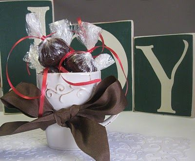 More hot chocolate truffle balls... I want to try!