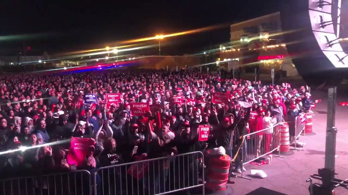 Dan Scavino On Twitter Happening Now Realdonaldtrump Overflow Crowd In El Paso Texas With Images Trump Supporters Greatest Presidents Lack Of Common Sense