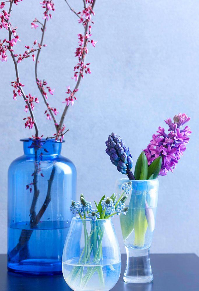 Love in Bloom: 8 Spring Branch Displays | Midwest Living