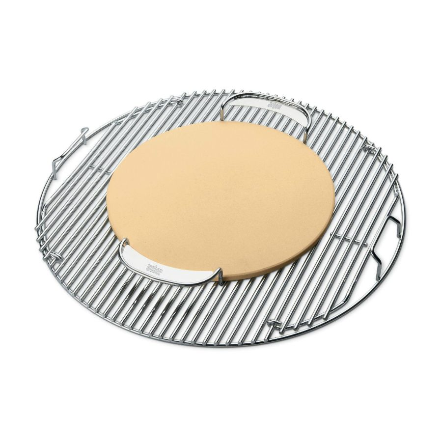 Weber Pizza Stone - Pizza stone enables you to add a smoky flavor to your favorite homemade pizzas.