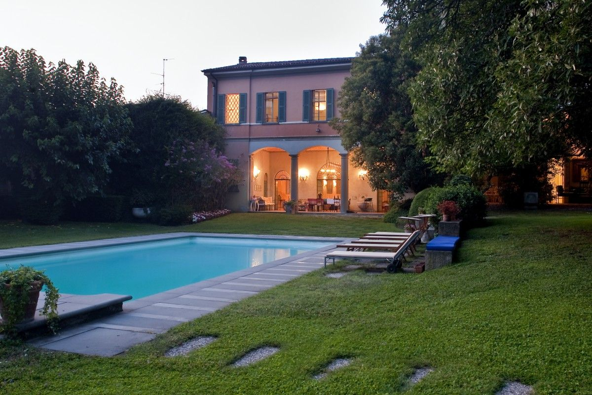 Villa Iseo, luxury palace near Brescia and Iseo Lake, in