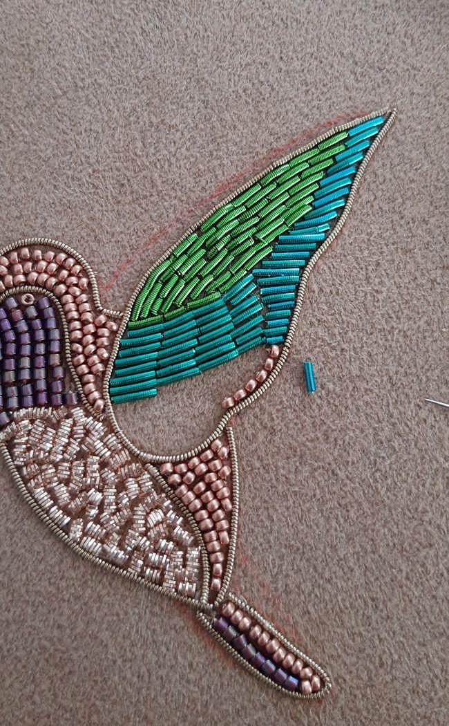 ventes spéciales Style magnifique modèles à la mode DIY Broche oiseau en broderie d'or avec cannetille et ...