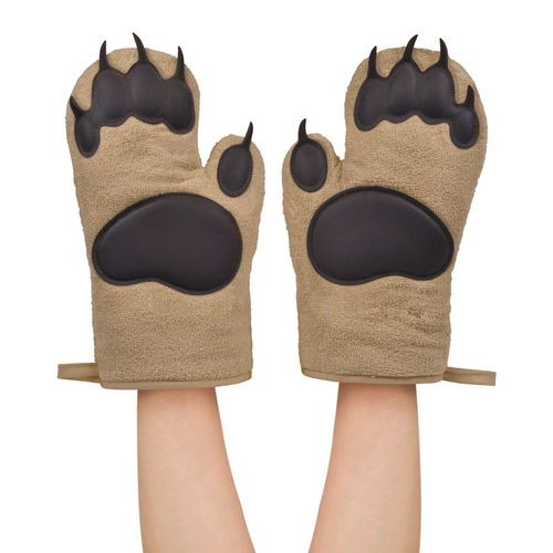 Place Fred S Grizzly Size Oven Mitts Over Your Paws And Beat The Heat You Get A Right And Left Mitt Constructed