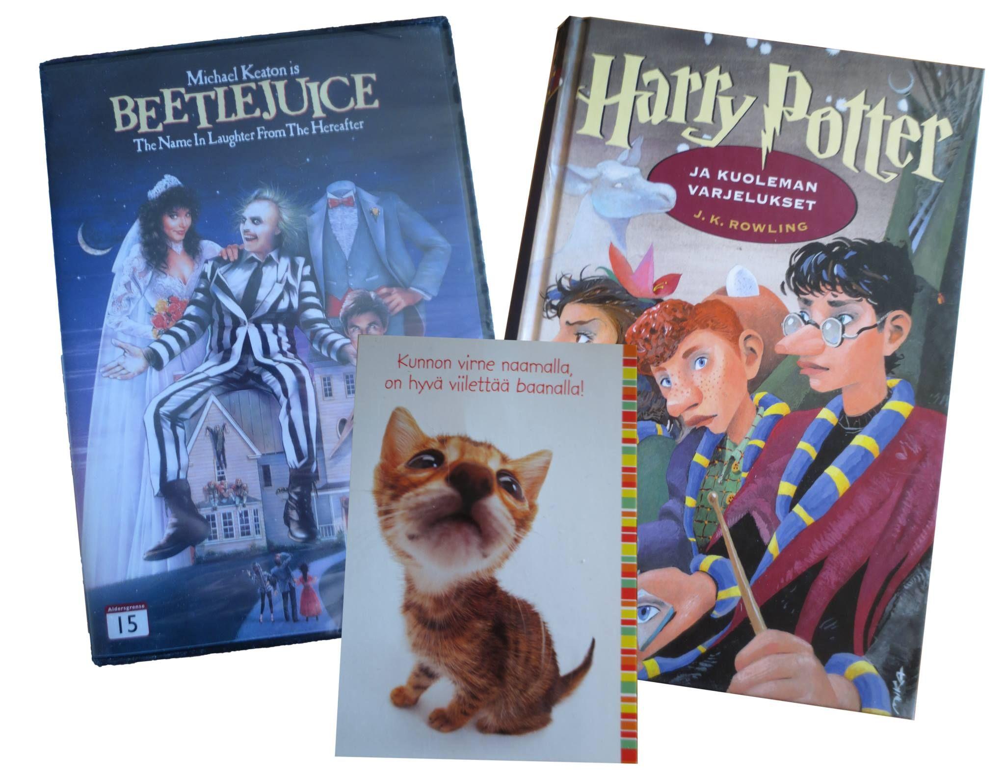 SY Arvorinki lokakuu 2013: Paketista tuli Beetlejuice (DVD) sekä Harry Potter ja Kuoleman Varjelukset (kirja).