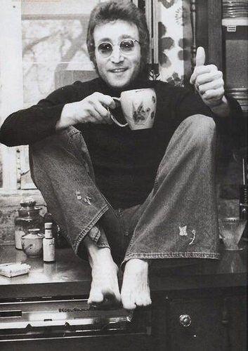 tea with john lennon