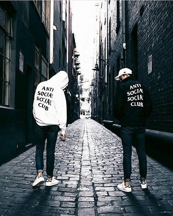 Hoodie anti social social club now available! Check