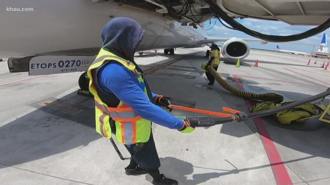 Airport employees have some of the hottest jobs in Houston