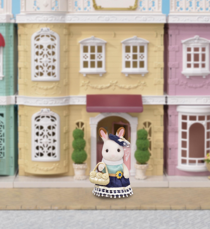 Sylvanian Families Town Girl Chocolate Rabbit