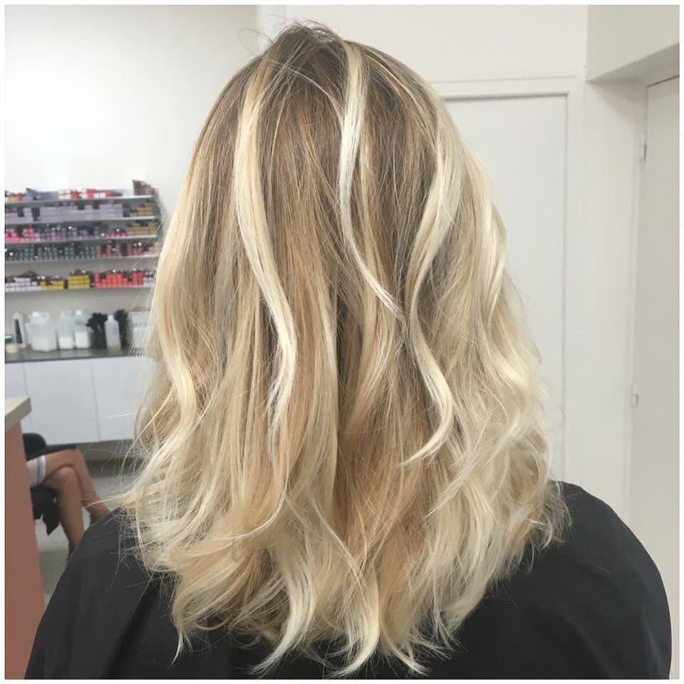 Nouvelle Realisation Nuance De Blonds Californien Nosrealisations Nofilter Latelieraix Coiffure Co Nuance De Blond Blond Californien Couleur Cheveux