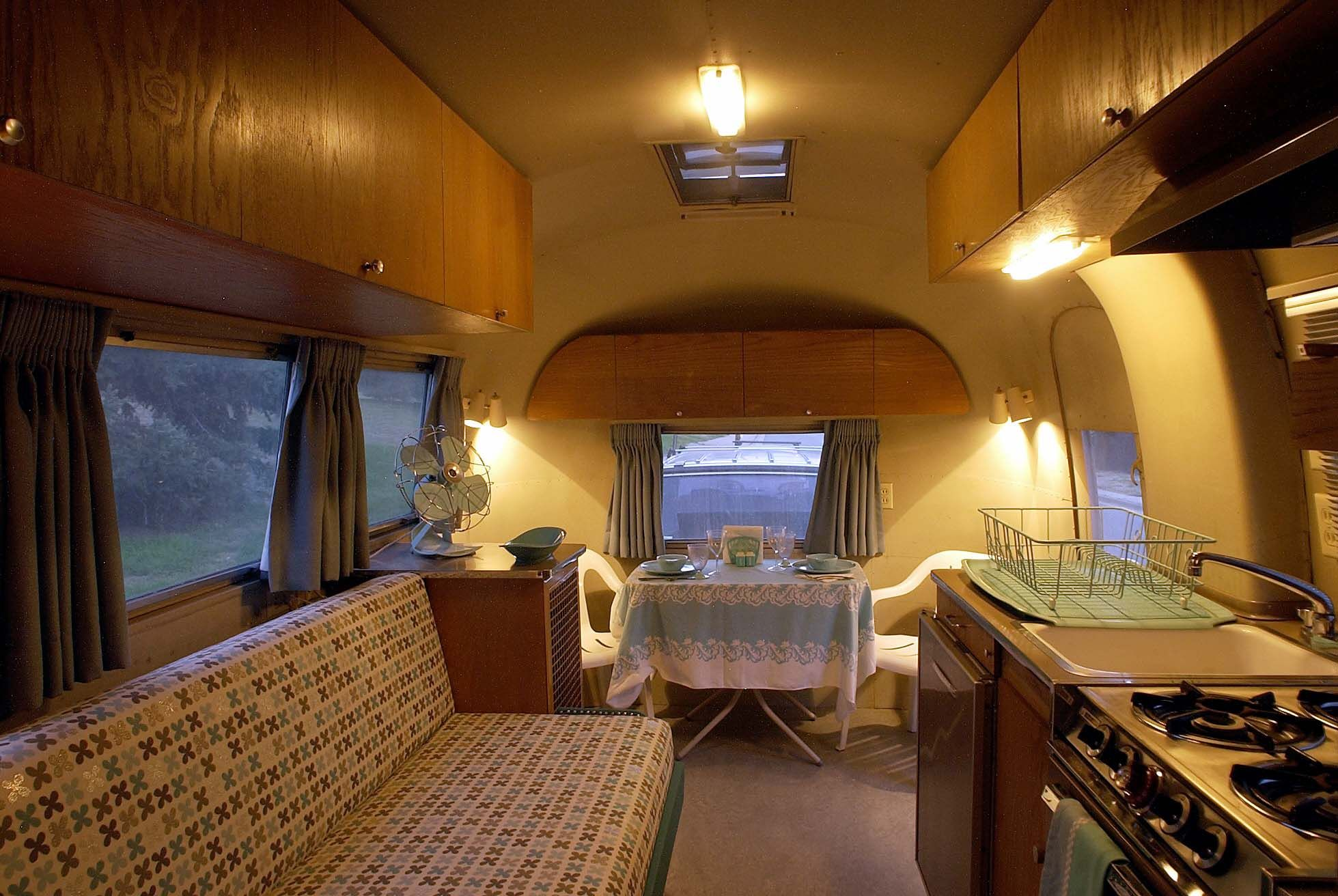 Pin By Tim Jackson On 1962 Airstream Overlander