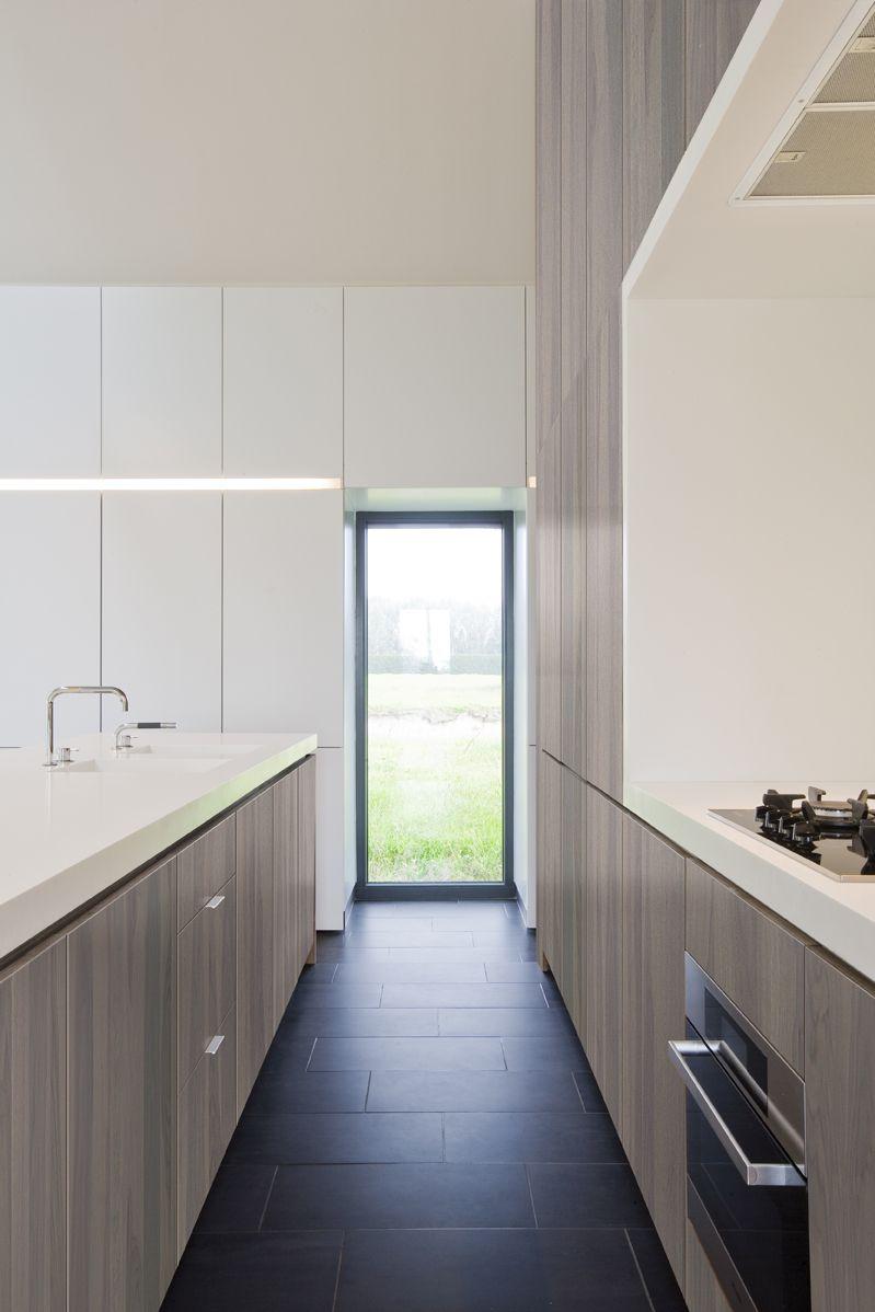 Shinnoki prefinished wood panel granite walnut interior for Prefinished wood panels