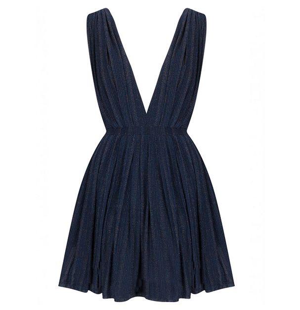 les 25 meilleures id es de la cat gorie robe nouvel an sur pinterest robe de nouvel an id e. Black Bedroom Furniture Sets. Home Design Ideas
