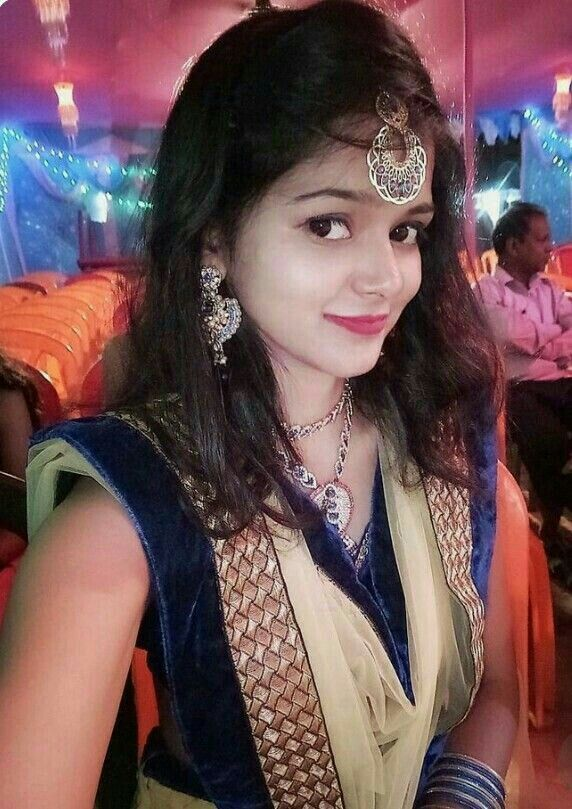 on sale a2888 58db1 Selfie s craze 💟💟💟💥💥💥   selfie in 2019   Beautiful girl indian,  Lovely girl image, Beautiful