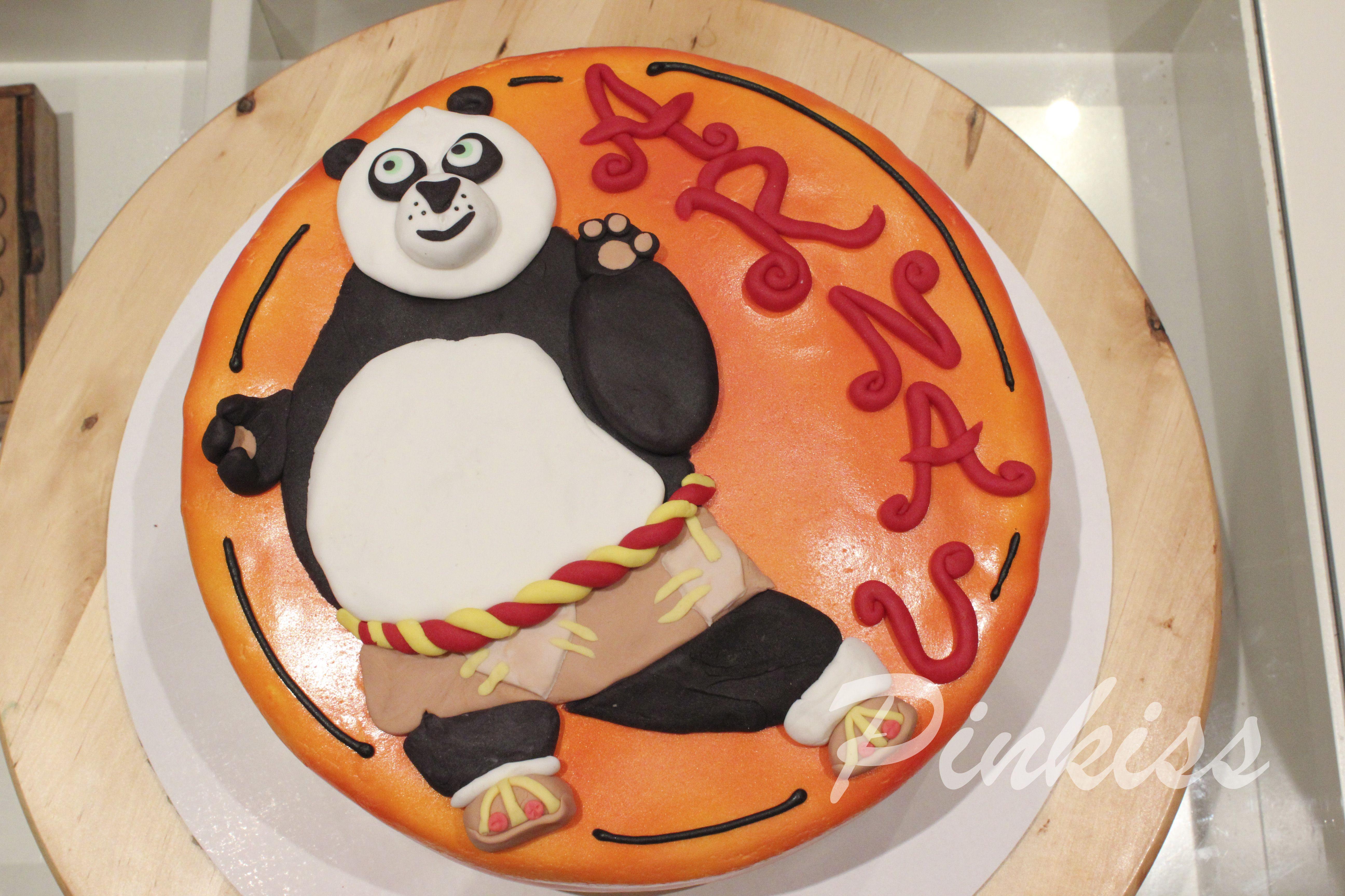 Kung Fu Panda Tarta pintada con aerógrafo y modelado de fondant