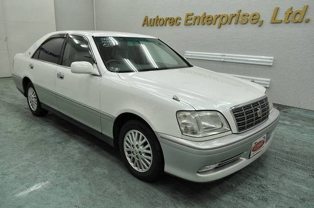 Japanese Vehicles To The World 2000 Toyota Crown Royal Saloon For Nigeria To Lagos Toyota Crown Toyota Saloon