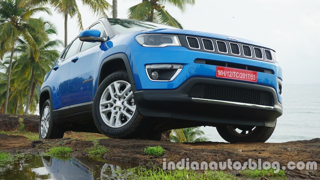 Jeep Compass Gathers 4 000 Bookings In India Report Jeep