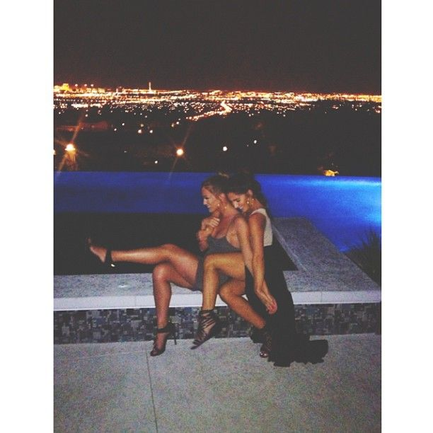 Me and my bestie will go to late night parties and take pictures like this this summer ♥