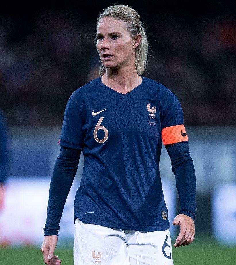 Athlete Stories Amandine Henry Women S Soccer Nike Football Football Girls