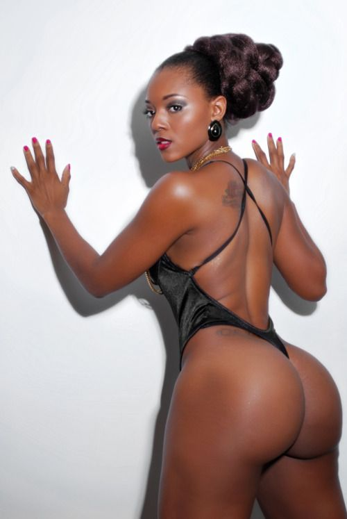 Sexy ebony ass