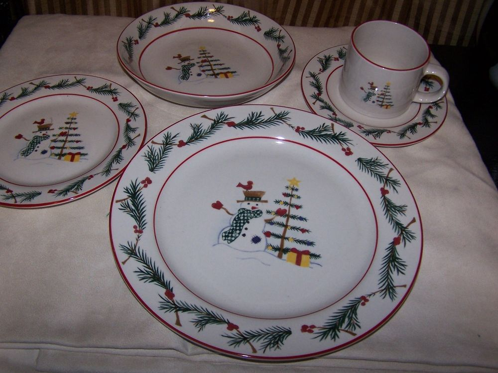 Farberware Holiday Snowman 60 Piece set dish service for 12 Christmas REDUCED! #Farberware. Christmas DishesSnowman & Farberware Holiday Snowman 60 Piece set dish service for 12 ...