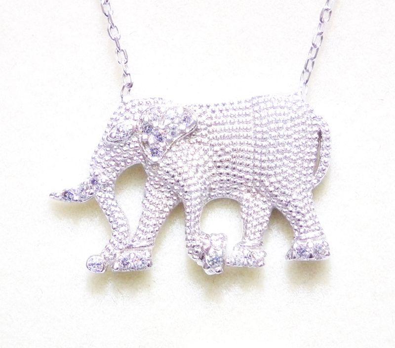 Latika gümüş ürünlerini sahibinden.com 'dan taksit veya kapıda ödeme seçenekleriye alabilirsiniz.