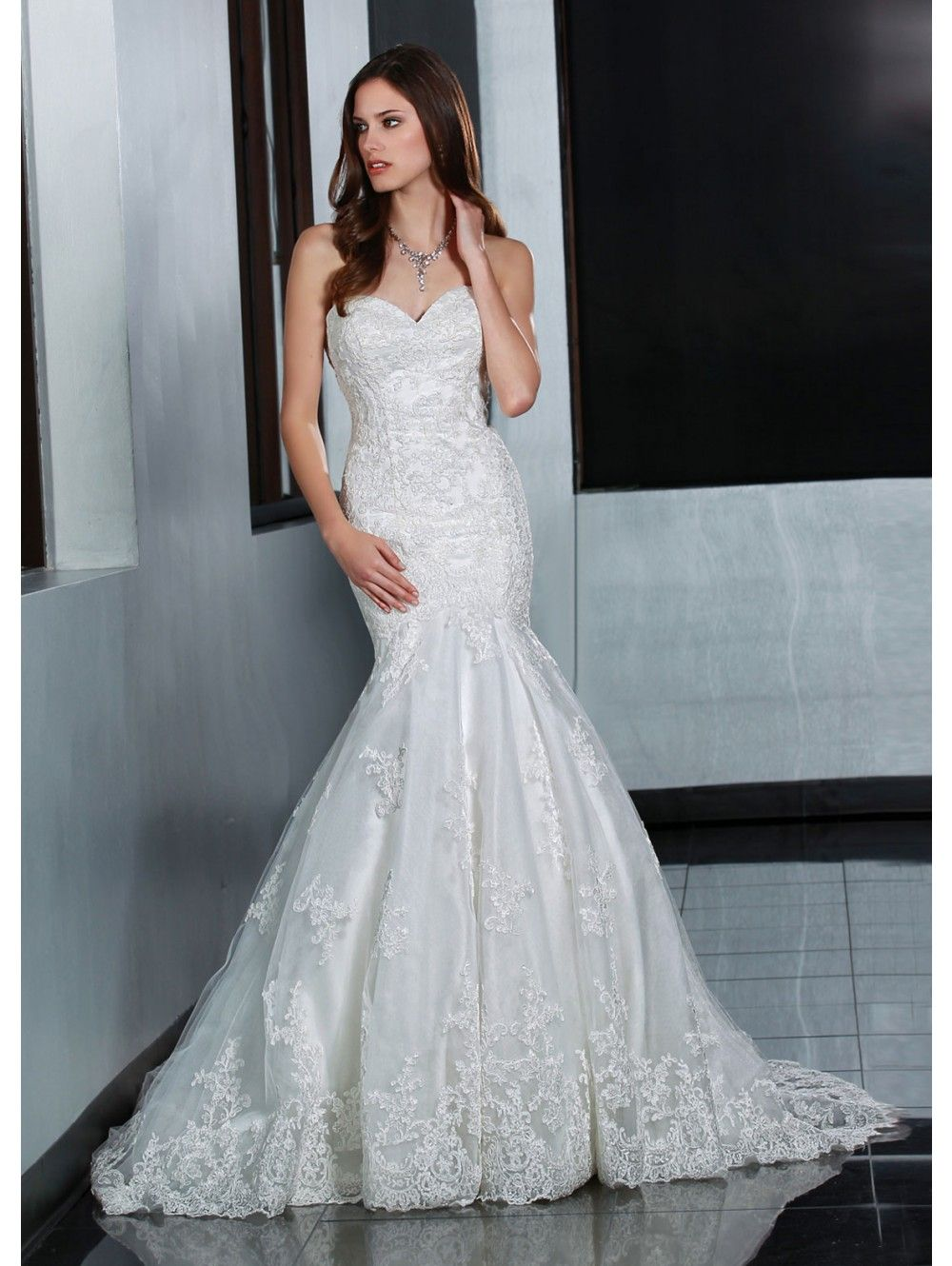 fabulous mermaid gown with a strapless sweetheart neckline organza ...