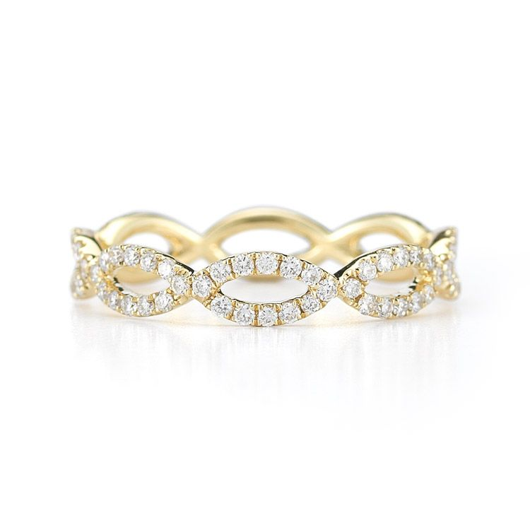 SOPHIA RYAN Diamond infinity ring band in 14k yellow gold and 5