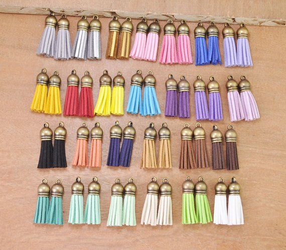 100pcs 38mm 100pcs Silver Suede Leather Tassel with Silver Caps 1.5