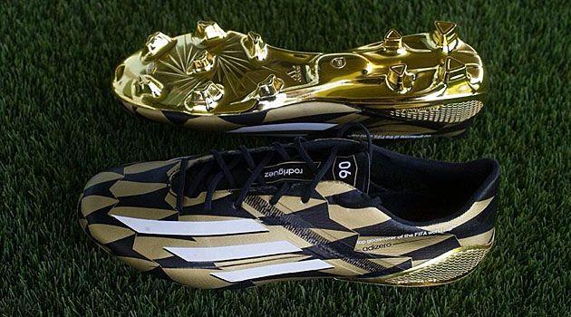 lente Interpretar Monarca  Real Madrid: Las botas doradas de James - MARCA.com | Zapatos de fútbol,  Equipo de fútbol, Zapatillas de fútbol