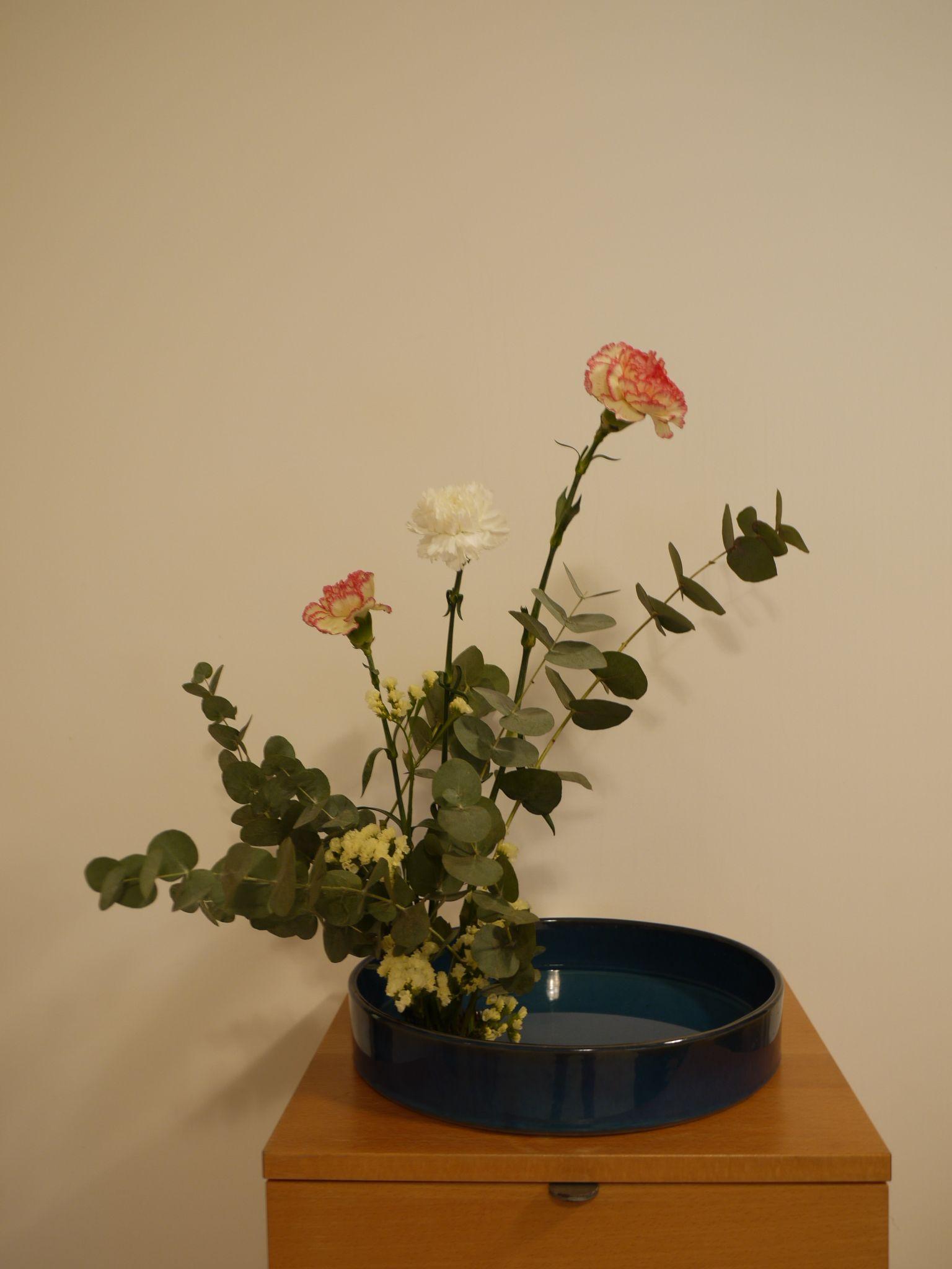My First Ikebana Japanese Flower Arrangement Pinterest Ikebana