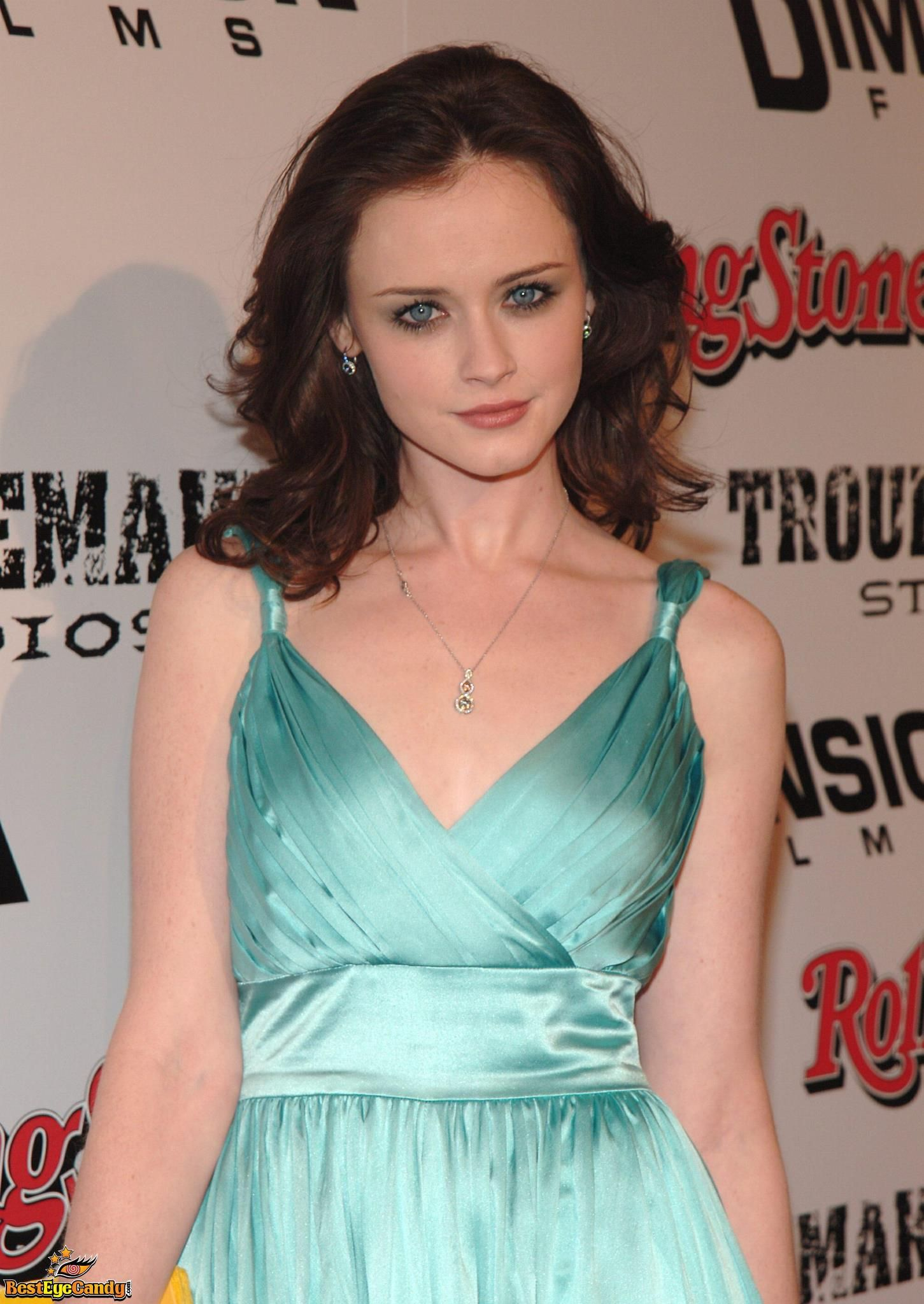 Team Alexis Bledel For Anastasia Steele Fb Page Fifty Shades