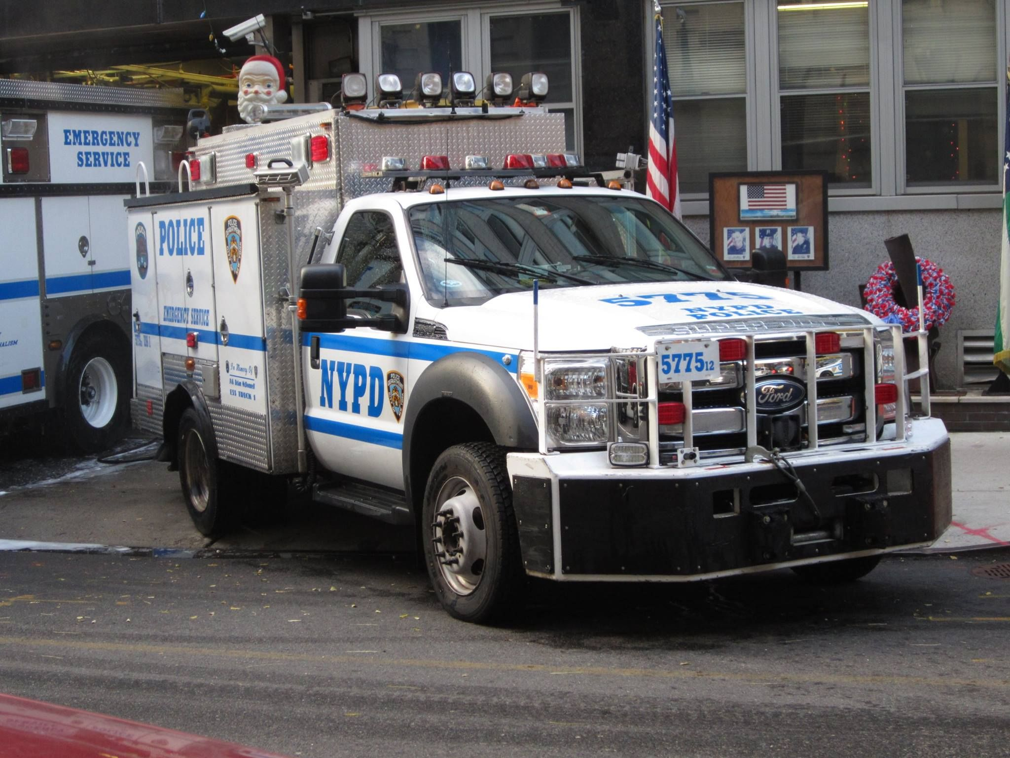 NYPD Emergency Service Unit F550