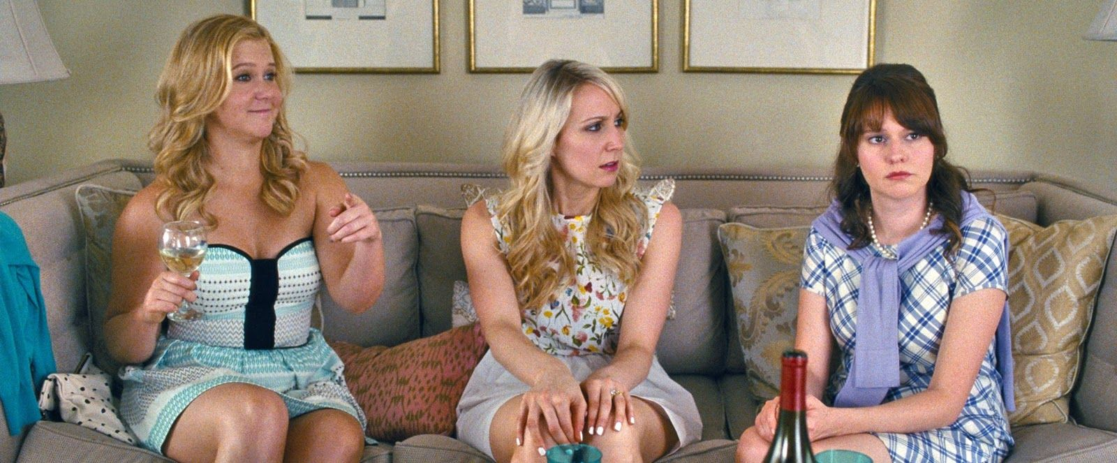 Trainwreck Trailers, 29 Pictures And Poster  Movies  Amy Schumer, Nikki Glaser, Amy Schumer Body-2424